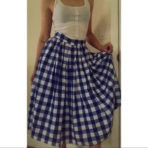 Vintage high waisted ankle full skirt checkered